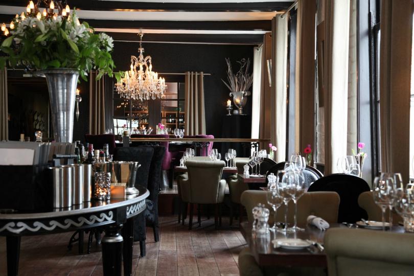 Пример дизайна мебели для ресторана фото №2