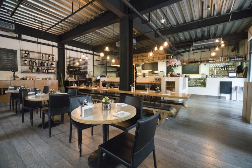 Пример дизайна мебели для ресторана фото №5