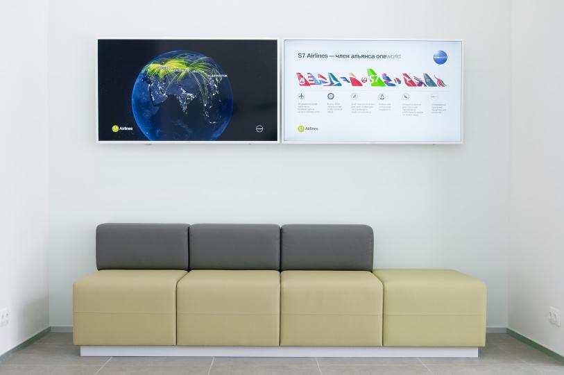 Пример мебели MebelExpert изготовленной для офисов продаж S7 фото №6