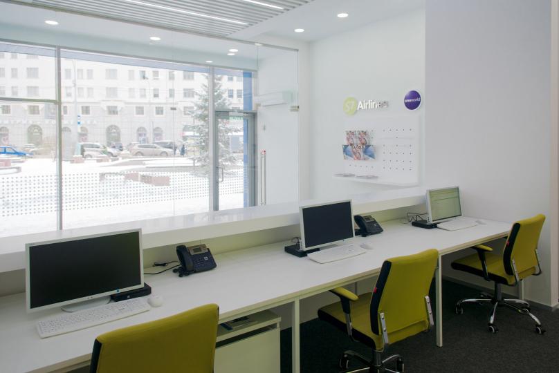 Пример мебели MebelExpert изготовленной для офисов продаж S7 фото №8