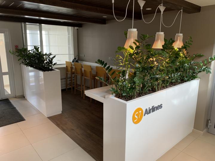 Пример мебели MebelExpert изготовленной для учебного центра (оранжевая) фото №1