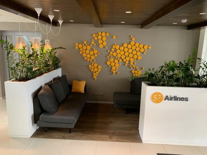 Пример мебели MebelExpert изготовленной для учебного центра (оранжевая) фото №2
