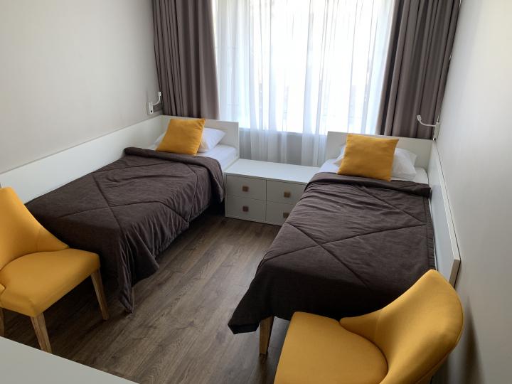 Пример мебели MebelExpert изготовленной для учебного центра (оранжевая) фото №9