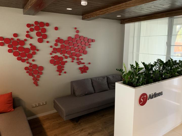 Пример мебели MebelExpert изготовленной для учебного центра (красный) фото №10