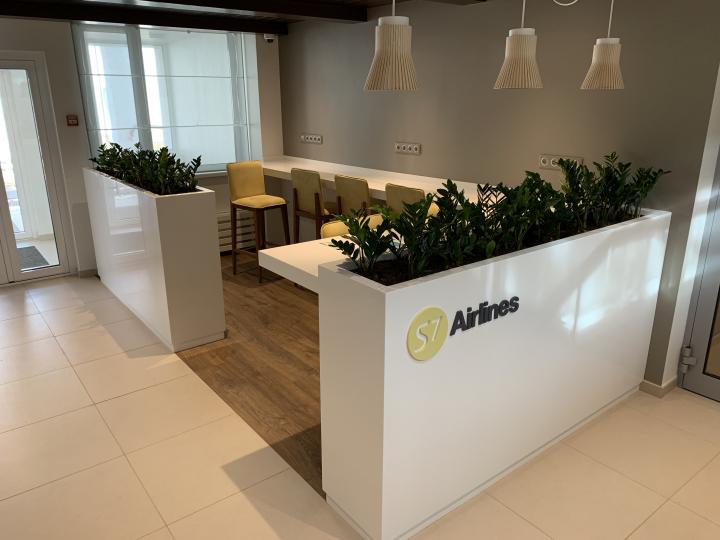Пример мебели MebelExpert изготовленной для учебного центра (жёлтая) фото №1