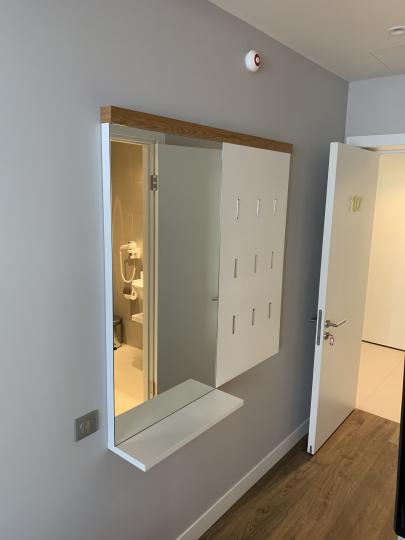 Пример мебели MebelExpert изготовленной для учебного центра (жёлтая) фото №8