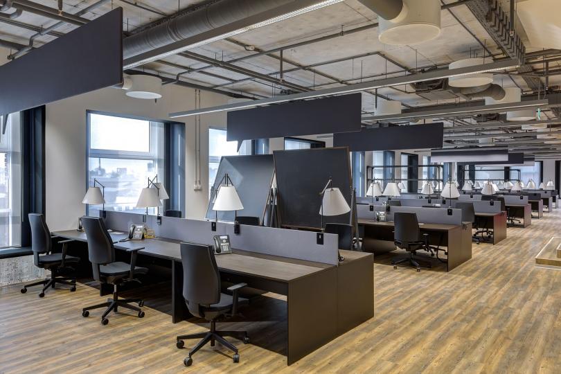 Пример изготовленной на заказ офисной мебели фото №3