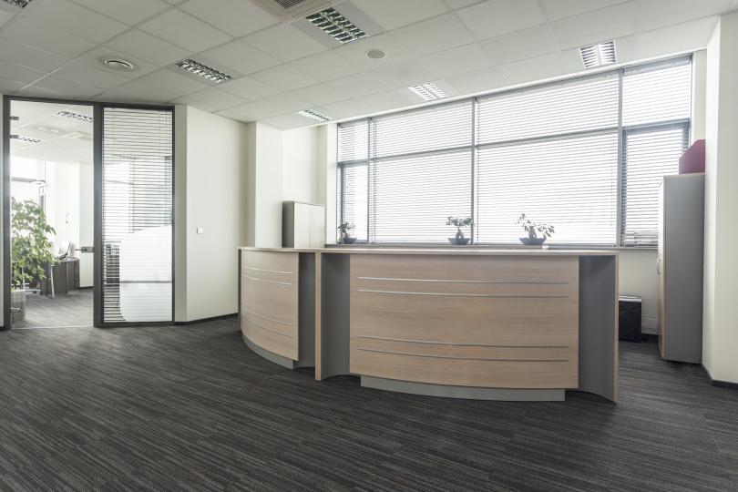 Пример изготовленной на заказ офисной мебели фото №6